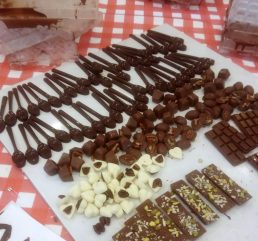 שוקולדים